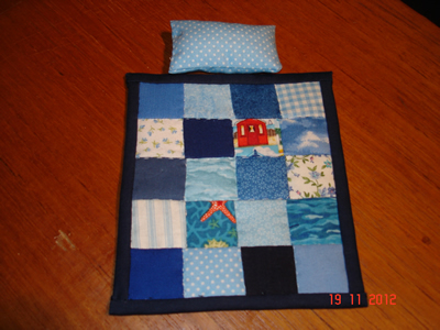 blue-single-quilt-+-1-pillow.jpg